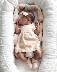 25 Romantic Baby Names That Any Little Girl Would Adore Hier sind 25 romantische Babynamen, die jedes kleine Mädchen. Little Babies, Cute Babies, Little Girls, Little Ones, Adorable Little Girl, Stuff For Babies, Sweet Baby Girl Names, New Baby Names, Cute Newborn Baby Girl