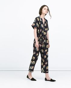 ZARA - WOMAN - FLORAL JUMPSUIT WITH LAPEL COLLAR  Price: 99.90 Composition: viscose