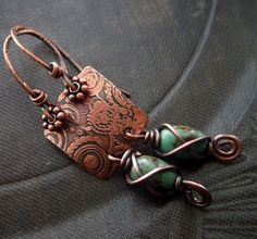 Wire wrap.    ♡ IF I CAN'T STAMP COPPER,  I  WONDER IF I COULD JUST STAMP CLAY?    ....... =)    ♥A