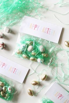 Bunny tails free printable easter bag toppers bag toppers easter diy projects for your wedding kids table negle Choice Image