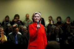 Clinton urges U.S. regulators to examine Daraprim price hike