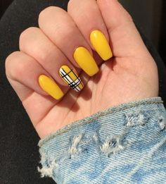 There are various nail paint styles such as snowflakes and horizontal lines simple nail designs. The nail paint is based on the shape and length of nail. Coffin Nails, Gel Nails, Nail Polish, Nail Nail, Soft Nails, Simple Nail Designs, Gel Nail Designs, Cute Nails, Pretty Nails