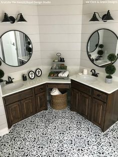 Check out a number of master bathroom styles as you dream up your own personal master bathroom renovations. Tips, tricks, and an abundance of fresh, fun, and functional master bathroom design suggestions are at your fingertips. Do It Yourself Haus, Bathroom Renovations, Home Remodeling, Cheap Remodeling Ideas, Ideas Baños, Decor Ideas, Bathroom Ideas And Ideas, Shower Ideas, Interior Minimalista