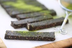 Matcha Chocolate Bars