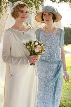 Laura Carmichael as Lady Edith Crawley on her wedding day, Downton Abbey. Downton Abbey Costumes, Downton Abbey Fashion, 20s Fashion, Vintage Fashion, Curvy Fashion, Fall Fashion, Style Fashion, Edith Crawley, Mejores Series Tv