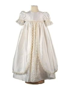 102.74$  Buy here - http://ali29f.worldwells.pw/go.php?t=32649757950 - 2016 Heirloom Infant Christening Gown Baby Girl Baptism Dress White Ivory 2 Tier Lace Applique Robe 0-24 month