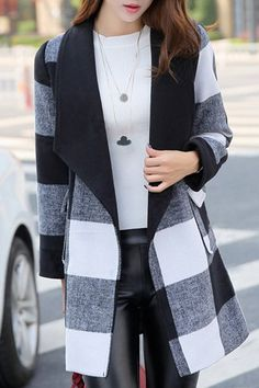 Stylish Turn-Down Collar Long Sleeve Black and White Plaid Coat For Women