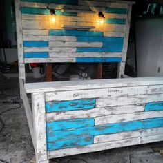 DIY King Size Pallet Bed Frame..I wonder if I could do this myself...love it!