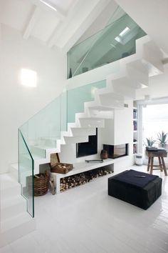 Investing in new staircase parts can make a small but noticeable difference and, if you want to give them a complete makeover, stair cladding could be the best affordable option. Home Stairs Design, Modern House Design, Home Interior Design, Interior Architecture, Interior Stairs, Stairs Cladding, Escalier Design, Modern Stairs, Modern Wall