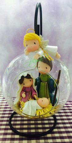 love this Nativity scene! Christmas Items, Christmas Projects, Handmade Christmas, Christmas Tables, Modern Christmas, Scandinavian Christmas, Christmas Christmas, Nativity Crafts, Holiday Crafts