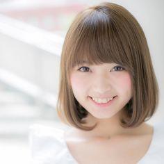いいね!108件、コメント1件 ― 山村実和子✂️小顔ボブ・ロブ・ミディアムヘア・ワンカールさん(@miwako.yamamura)のInstagramアカウント: 「おはようございます!ユーフォリアの山村です。 本日から通常出勤しております写真は、グレージュカラーの理想のワンカールボブ❤️ 大人可愛いヘアスタイルはお任せください…」