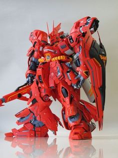 This bulk looking Sazabi deserve a place in our heart, this is MSN-04 Sazabi by MOTO6 . A remodeled of MG 1/100 Sazabi Ver.ka into a he...