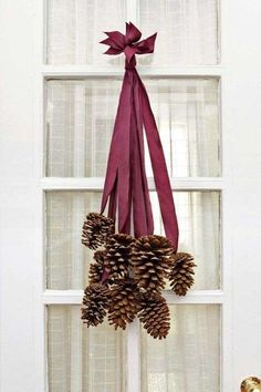 To make this chic bundle, use 8 four- to six-inch pinecones along with 8 two-foot long pieces of sil... - Addie Juell/Studio D