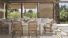 Beach House Design Ideas & Pictures on Outdoor Furniture Sets, Beach Cabin, Outdoor Decor, House Design, Cottage Style, Outdoor Rooms, Beach Cottage Style, Spain Design, Beach House Design