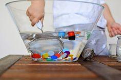 figlujemy: Kolorowy połów - świetna zabawa sensoryczna Montessori, Plastic Cutting Board, Ideas, Thoughts