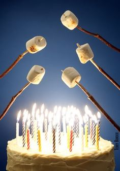 Happy Birthday roasting marshmallows over candles - fire - on cake - o. Birthday Greetings For Facebook, Happy Birthday Pictures, Happy Birthday Funny, Happy Birthday Messages, Happy Birthday Vintage, Humor Birthday, Happy Birthday Quotes, Birthday Blessings, Birthday Candles