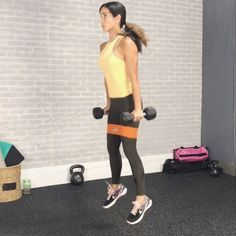 """530 Me gusta, 15 comentarios - Idalis Velazquez (@ivfitness) en Instagram: """"Full-body burn! Aim to complete 6-10 reps of each exercise depending on the weight you use. No…"""""""