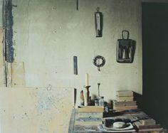 """Atelier Giorgio Morandi, Via Fondazza, Bologna"", Luigi Ghirri, 1989-90"