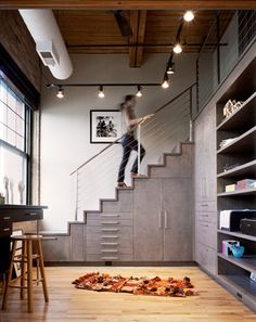 West Loop Aerie - Modern - Staircase - Chicago - Scrafano Architects - 지하내려가는 계단...?