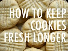 Nobody likes stale, dry cookies! Find out how to keep cookies fresh for longer by learning the best way to store cookies of all kinds. Choclate Chip Cookies, Homemade Chocolate Chip Cookies, Frozen Cookie Dough, Frozen Cookies, Roll Cookies, Cut Out Cookies, Refrigerator Cookies, Coconut Cookies, Holiday Cookies
