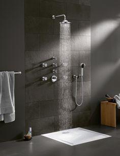 Bath tap fittings from Villeroy & Boch – stylish aesthetics Rain Shower Bathroom, Condo Bathroom, Bathroom Taps, Bathroom Inspo, Bathroom Inspiration, Bathrooms, Bathroom Designs, Bathroom Ideas, Shower Cabin