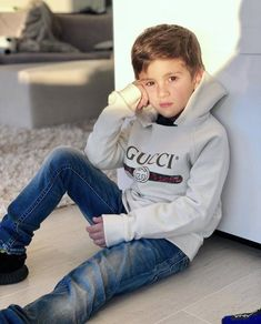 14 Pictures That Prove Thiago And Lionel Messi Make The Cutest Pair Ever Messi Son, Lionel Messi Family, Real Madrid, Handsome Kids, Lionel Messi Barcelona, Barcelona Soccer, Cr7 Junior, Messi Photos, Leonel Messi