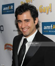 Actor John Lloyd Young attends the 'Oy Vey! My Son is Gay!' premiere at the Directors Guild Theatre on October 29, 2009 in New York City.