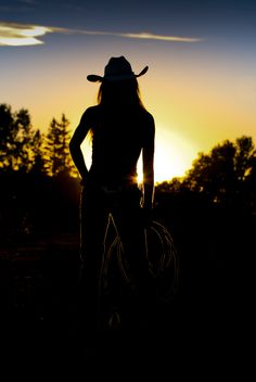Heartland beautiful background sunset with Amber Marshall Watch Heartland, Heartland Quotes, Heartland Tv Show, Heartland Seasons, Heartland Georgie, Heartland Actors, Amber Marshall, Ty And Amy, Westerns