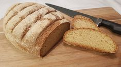 """A keto white bread with crispy crust. It has a rustique flavour that will give you the """"fancy white bread from bakery"""" feel. Low Carb Bread, Keto Bread, Homemade White Bread, Naan Recipe, Grapefruit Diet, Original Recipe, Almond Flour, Tray Bakes, Lchf"""