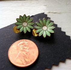 Aksel Holmsen Enamel Daisy Clip On Earrings by Sfuso on Etsy