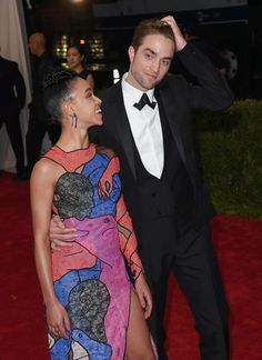 FKA twigs and Robert Pattinson - Met Gala (04/05/2015)