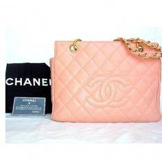 6f643888c1c836 Women's handbags. For the majority of women, purchasing a genuine designer  handbag just isn