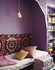 A room in the house of Stéphanie de Saint Simon. Image from Elle france
