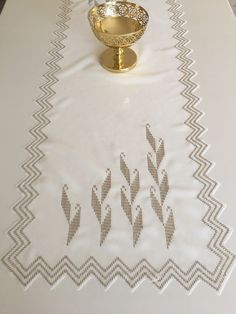 Weaving Patterns, Bargello, Diy And Crafts, Cross Stitch, Embroidery, Sewing, Crochet, Model, Towels