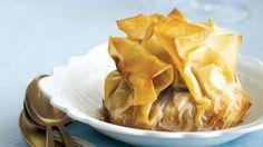 Baluchons de pâte phyllo aux pommes et au dulce de leche | Recettes IGA. Miam du caramel!
