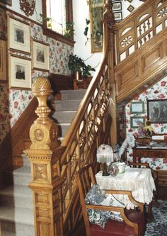 Victorian staircase of the Coleman Mansion