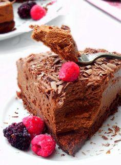 Gâteau-mousse-au-chocolat Aquafaba, Chocolate Mousse Cake, Chocolate Recipes, Mousse Au Chocolat Torte, Eat Smart, Fun Cooking, Food Pictures, Wine Recipes, Mini