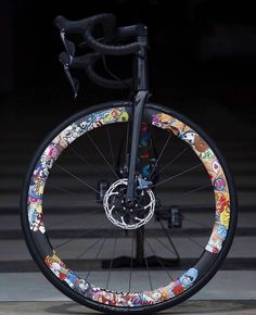 Bicycle Paint Job, Bicycle Painting, Bicycle Art, Bicycle Design, Push Bikes, Bmx Bikes, Custom Velo, Bici Fixed, Fixed Gear Bicycle