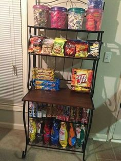 Delicious Junk Food Snacks although Healthy Snack Foods For Diabetics if Snack Food Ideas For Party any Healthy Snack Ideas Food List Snack Station, Snack Bar, My New Room, My Room, Sleepover Food, Junk Food Snacks, Healthy Junk Food, Healthy Snacks, Little Lunch