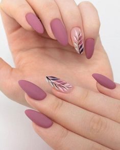 Decorating your fingernails or toenails is actually a lot of fun. It will make a fashion statement. Look at the most recent trends and designs to help keep you up to speed. Chic Nails, Stylish Nails, Trendy Nails, Swag Nails, Classy Nails, Acryl Nails, Neutral Nails, Minimalist Nails, Pretty Nail Art