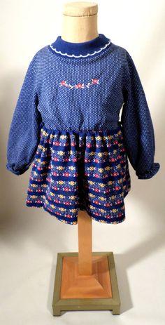 AUCTION ENDS MONDAY! Vintage 70s Girls Size 3T Health-Tex 50/50 Blend Dress, Polka Dots & Flowers