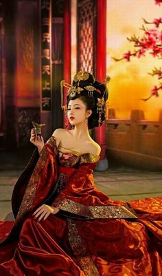 Asian Lady in Red Orange Style Oriental, Oriental Fashion, Asian Fashion, Hanfu, Traditional Fashion, Traditional Dresses, Traditional Chinese, Asian Style, Chinese Style