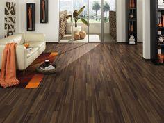 Das Laminat Silentos von LOGOCLIC steigert Wohnkomfort und Lebensqualität. Die integrierte Geh- und Trittschalldämmung erzeugt ein Klangempfinden, das dem von echtem Holz besonders nahe kommt.