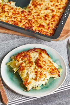 Spenótos rakott krumpli | Street Kitchen Gluten Free Recipes, Lasagna, Free Food, Bacon, Food And Drink, Pizza, Sweets, Cheese, Meals
