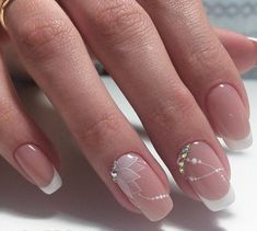 This would be very nice for a nail art wedding french manicure # . - This would be very nice for a nail art wedding French manicure … # French - Beautiful Nail Art, Gorgeous Nails, Elegant Nail Art, Cute Nails, Pretty Nails, Hair And Nails, My Nails, Glitter Nails, Wedding Nails Design