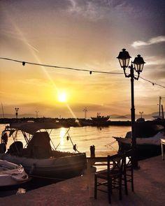 Sunset in port ph.Laura Novel