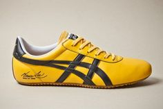 Bruce Lee Foundation x BAIT x Asics Onitsuka Tiger. Just cause I'm a fan of him Bruce Lee, Me Too Shoes, Men's Shoes, Nike Shoes, Shoes Sneakers, Onitsuka Tiger, Casual Sneakers, Casual Shoes, Casual Trainers