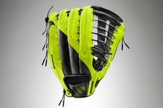 No Love for Leather: Nike's Innovative Vapor 360 Baseball Glove is Here - Edge - SI.com