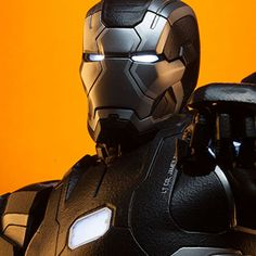 Marvel Maquette - War Machine