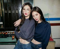 Find images and videos about fashion, model and ulzzang on We Heart It - the app to get lost in what you love. Ullzang Girls, Ullzang Boys, Cute Girls, Korean Couple, Korean Girl, Asian Girl, Ulzzang Fashion, Korean Fashion, Korean Best Friends